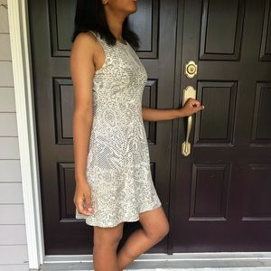 Short white and grey dress